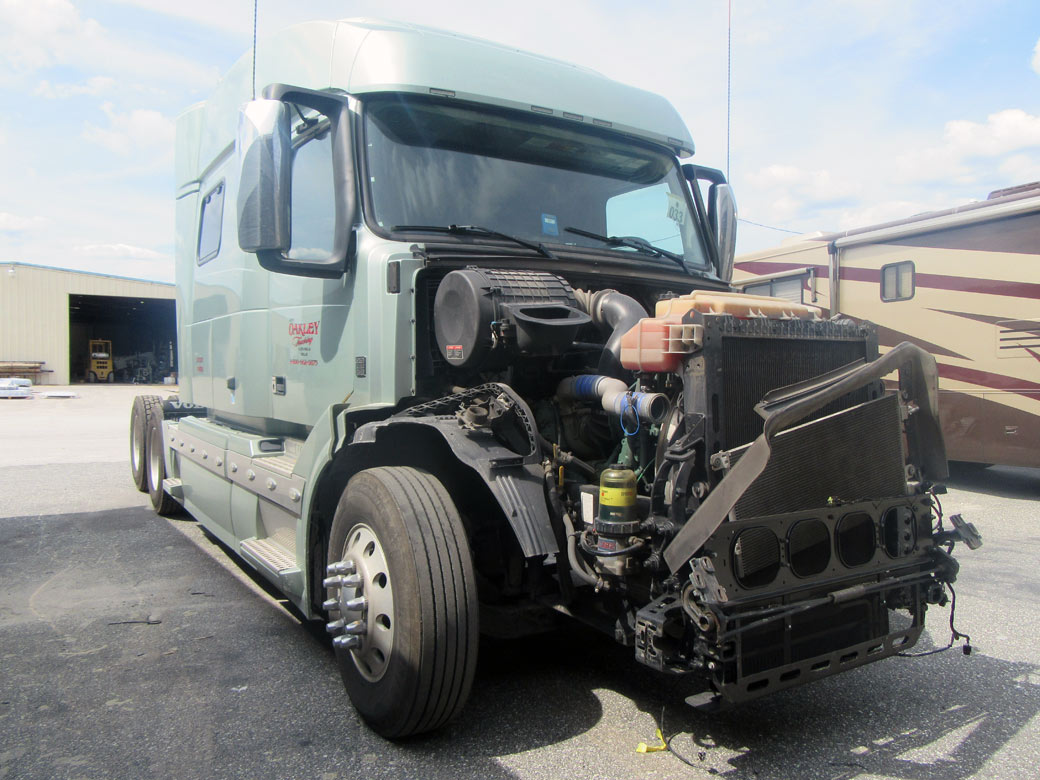 semi truck collision repair near me